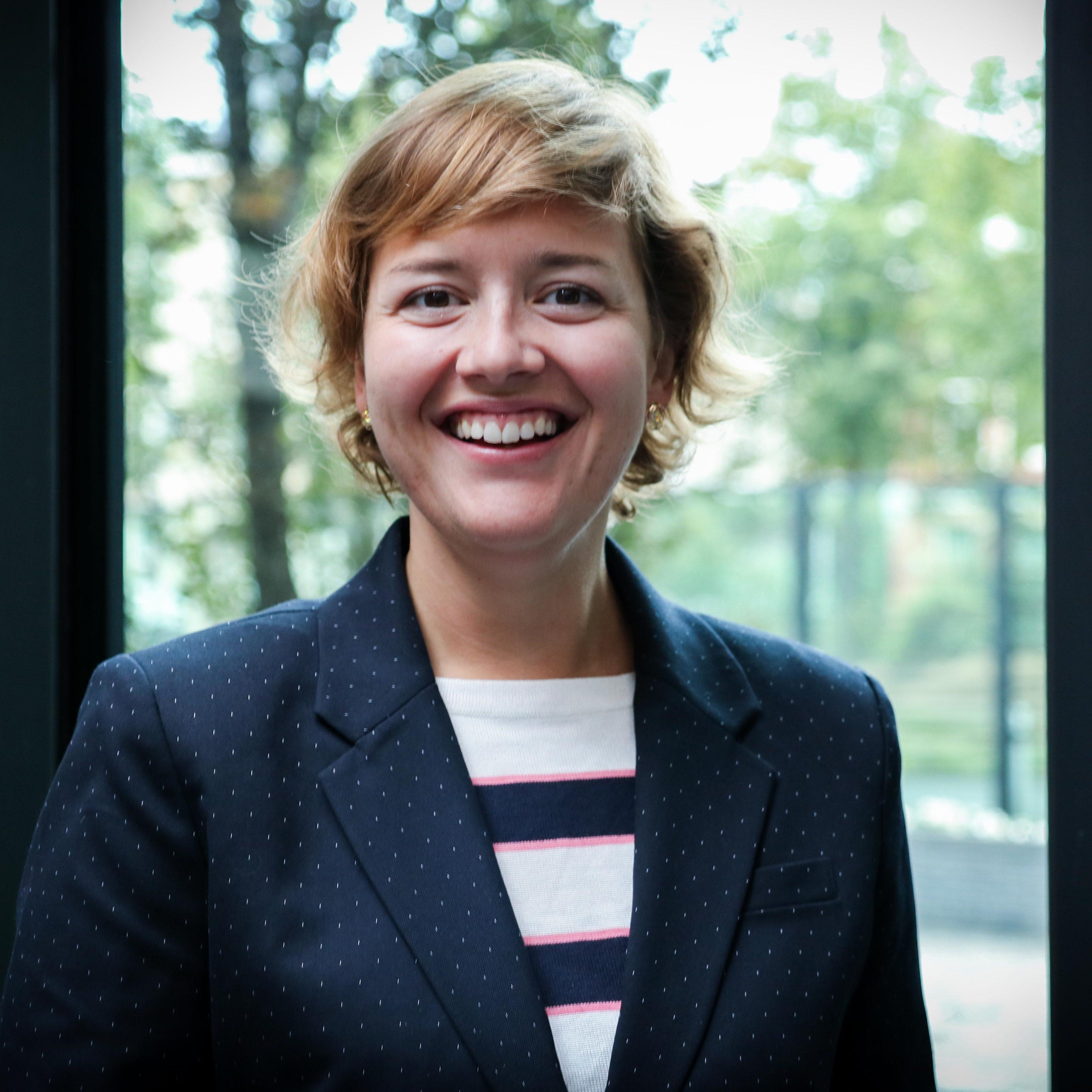 Dr. Nicole S. van der Meulen
